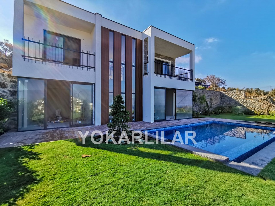 NEW VILLA WITH PRIVATE POOL IN YALIKAVAK FOR SALE