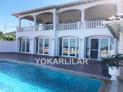 SEAFRONT MANSION IN GÜMÜŞLÜK FOR SALE